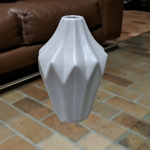 West elm small bud vase